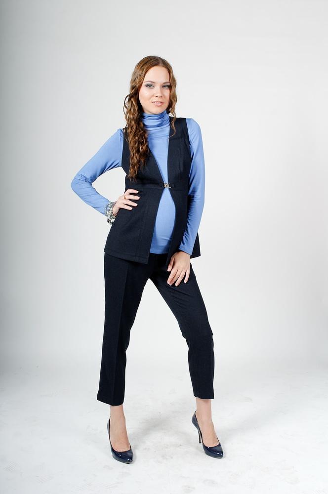 a685feddb19c Стильный костюм в английском стиле для беременных и после